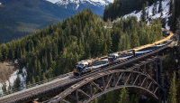 Rocky Mountaineer Peak 3 Promotion
